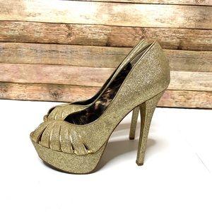 Betsy Johnson|Platform Heel|Sparkly Gold|Size 8.5